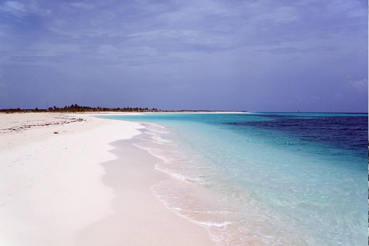 beach-white-sand-equator
