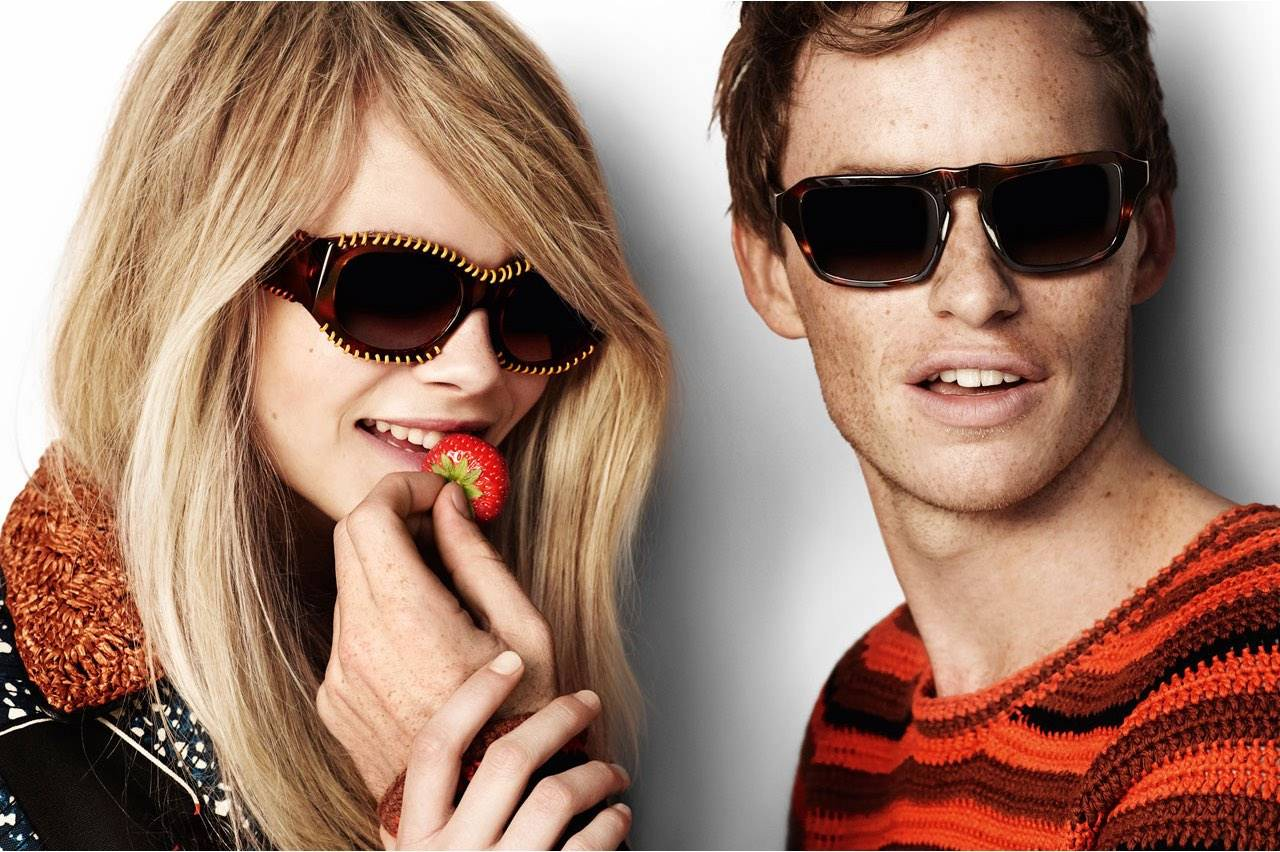 burberry-sunglass-strawberry-couple