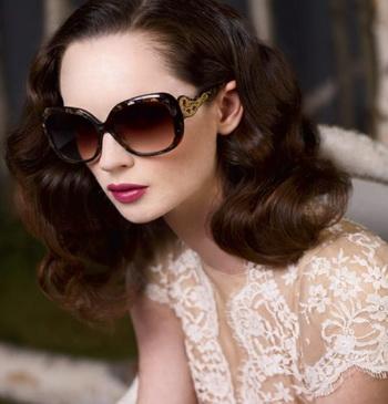 Judith Leiber model